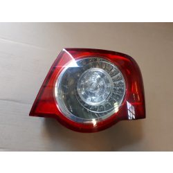 Volkswagen Passat B6 sedan hátsó lámpa jobb