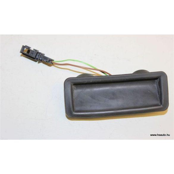 Skoda Fabia mikrokapcsolós csomagtérnyitó gomb